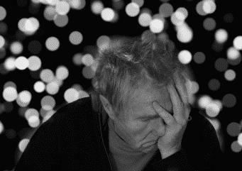 L'impact de la perte auditive sur la santé mentale.